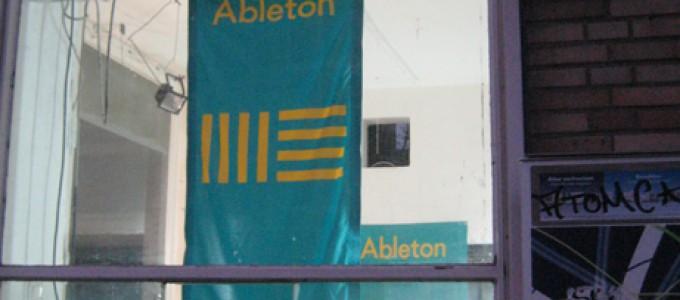 http://www.ableton-unterricht.de/wp-content/uploads/2014/12/IMG_8708_s.jpg